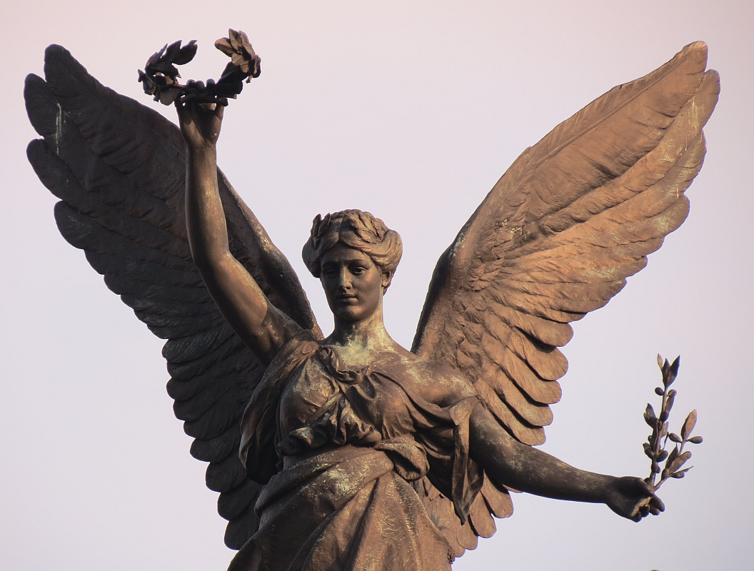Iconic London Sculpture Bob Speel S Website