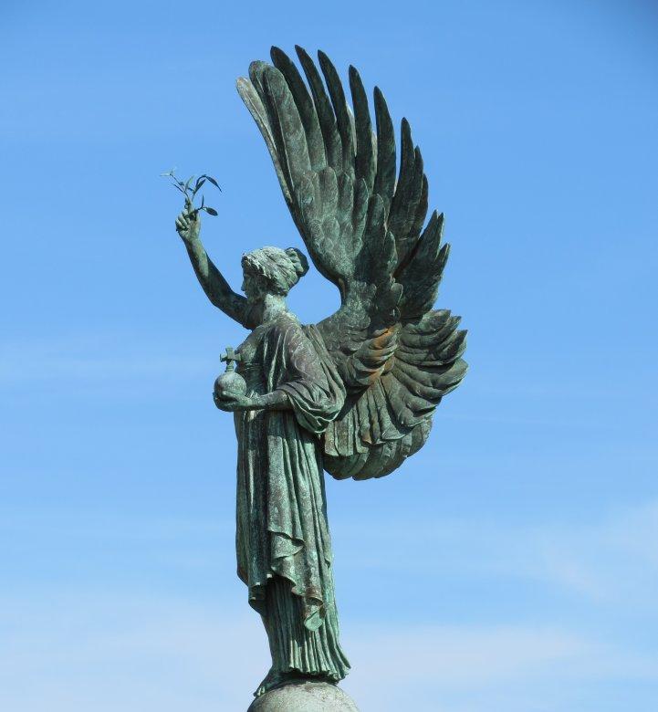 Kolkata Victoria Memorial King Edward VII Statue Editorial