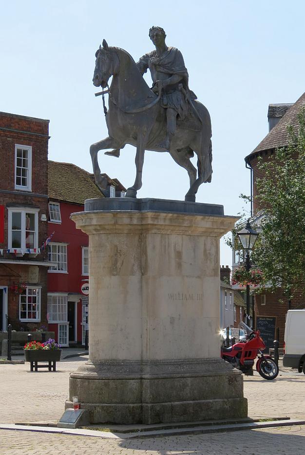 William Iii Statue At Petersfield Bob Speel S Website